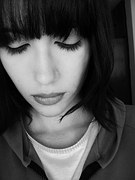 Voivi un article destiné aux femmes qui ne croient plus en l'amour après une rupture difficile. Comment faire pour se relancer après avoir souffert en amour.